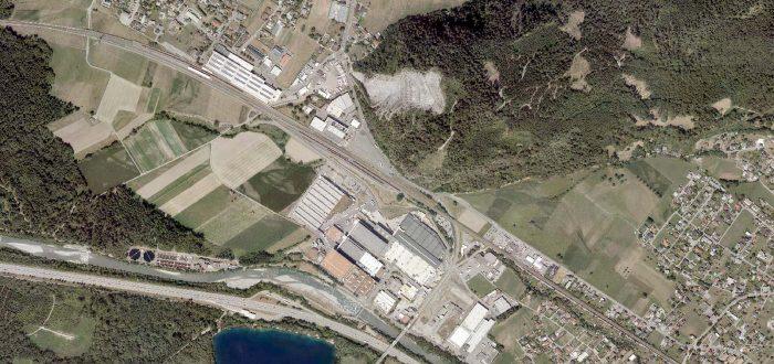 nach Trennung der Ressorts Raumplanung und Wirtschaft - Luftbild Ludesch